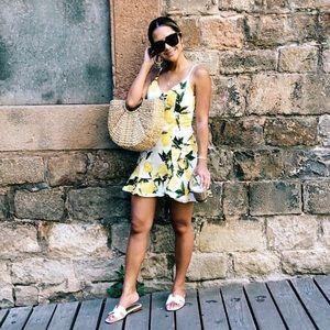 Dresses & Skirts - Lemon dress